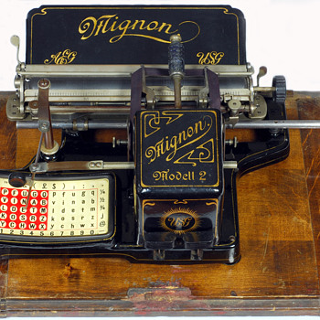 Mignon 2 typewriter - 1905 - Office