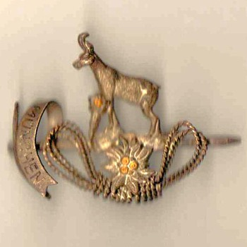 "German Outdoorsman Pin - ""Munchen"""