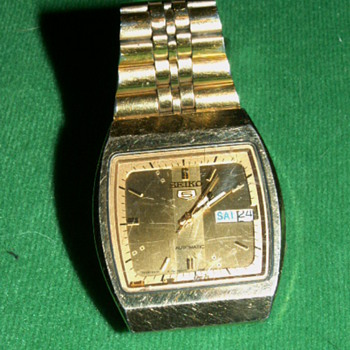 Vintage Seiko 5 Automatic Mens Watch - Wristwatches
