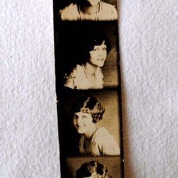 1920s PHOTO MACHINE STRIP, PROBABLY FROM A PENNY ARCADE. - Photographs