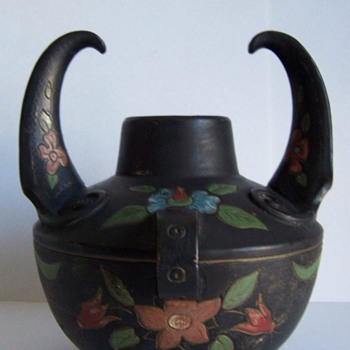MYSTERY BLACK POT - Art Pottery