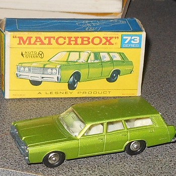 Matchboc 1968 Mercury Commuter Station Wagaon - Model Cars