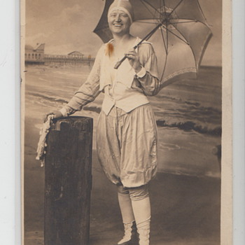 Anyone know who this is??? - Postcards