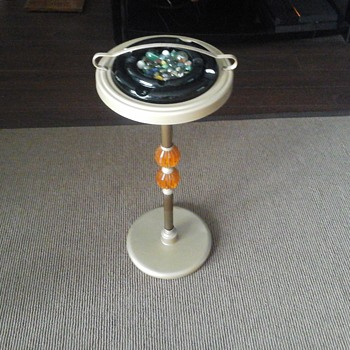 70,s retro ashtray