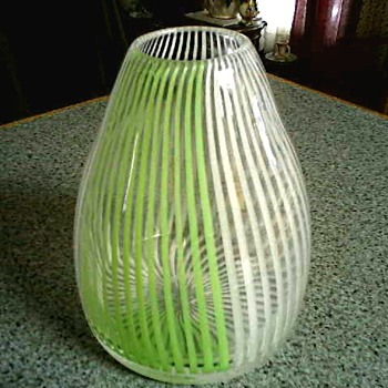 "Cone Shaped 7 "" Art Glass Vase / Lime Green and White Swirled Stripes/ Circa 20th Century"