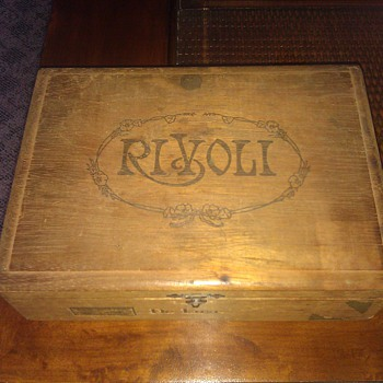 Wooden Rivoli Cigar Box - Tobacciana