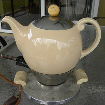 Art Deco Electric Teapot
