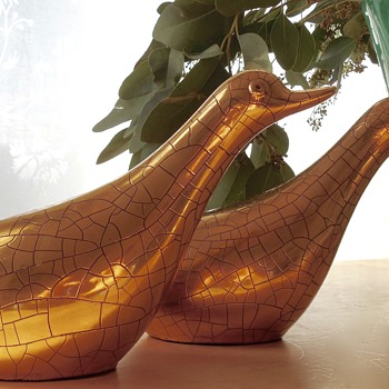 Gold crackled-glazed Zaccagnini Birds - Pottery
