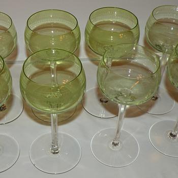 8 delicate green glass white wine? glasses Info requested - Glassware