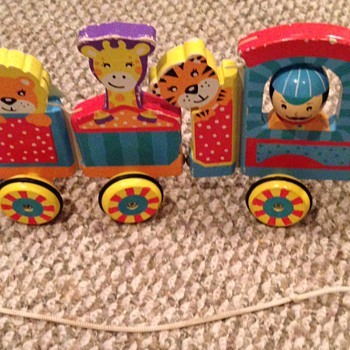 Need help figuring out this wooden train pull toy