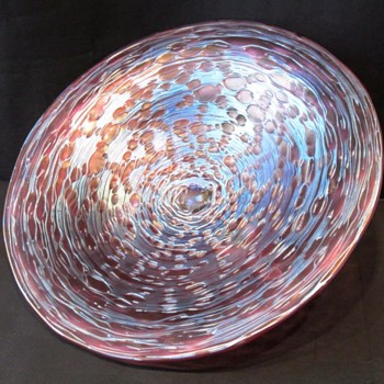 Loetz Diaspora Neu Footed Center Piece. - Art Glass