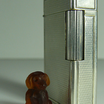 miniature dachshund.... czech? gablonz?? - Art Glass