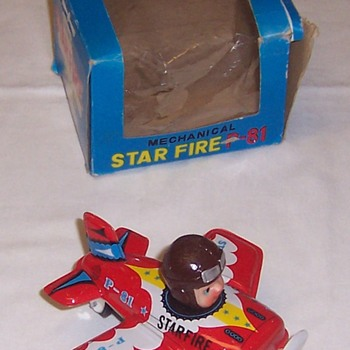 Tin Lithograph WWII Fighter: Wind-Up & With Original Box - Military and Wartime