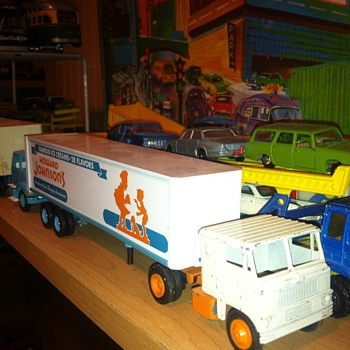 Winross Howard Johnson Tractor Trailer