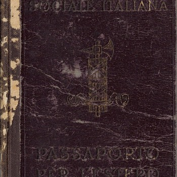 1945 Italian RSI issued passport - Paper