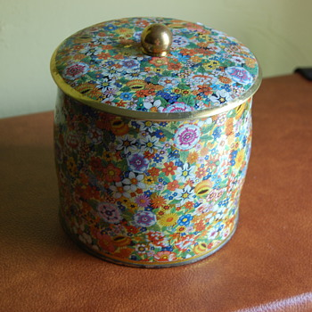 Pretty Flower Tin - Kitchen