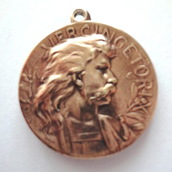 Who can help; Vercingetorix/Brennvs coin gold colored silver or copper?   - World Coins