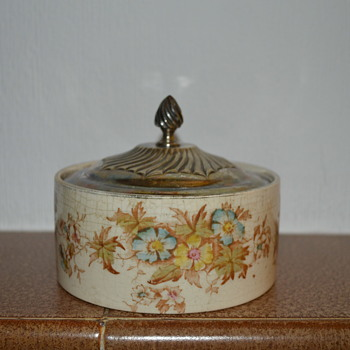 Crown Devon table ware - muffin holder ?