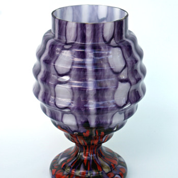 WELZ Purple Bubbles and Spots New Vase - AND Group shot
