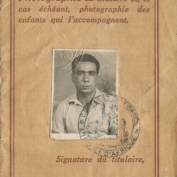 French passport issued in Tripoli 1949 - Paper