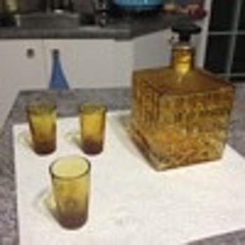 Alcool dispenser - Kitchen