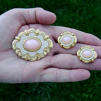 Avon Brooch and Earrings - Victorian Spring - Costume Jewelry