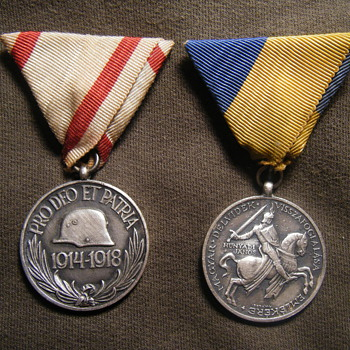 "Pro deo et Patria & Hungarian 1941 ""DÉLVIDÉK"" medal for Yugoslavia fighting - Military and Wartime"