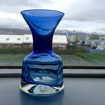 Blue vase ??? - Art Glass