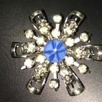 Found another Czech Glass brooch - A star in a star! - Costume Jewelry