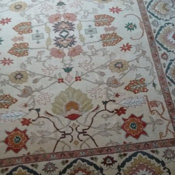100 percent wool Pakistan rug