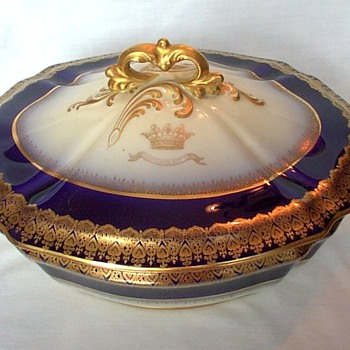 Who made this? - China and Dinnerware