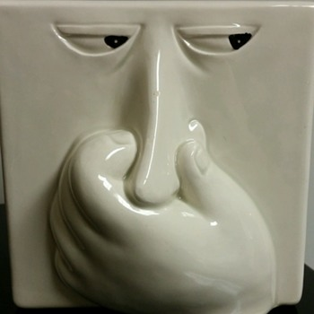 That stinks! ;)  Vtg. 80's Fitz and Floyd Stinky Face Baking soda box holder. :0) - Art Pottery