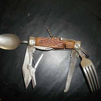 True Swiss Army Knife - Military and Wartime