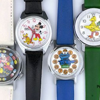 Bradley Nodding Head and Kicker Watches including Mickey & Minnie Mouse