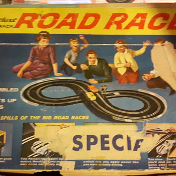 1960's Eldon 1/32 scale Slot Car Set - Model Cars