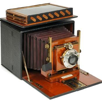 The 1894 Korona Hand Camera - Cameras