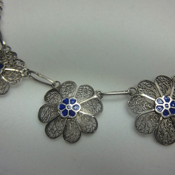 Victorian Silver filegree blue enamel flower necklace