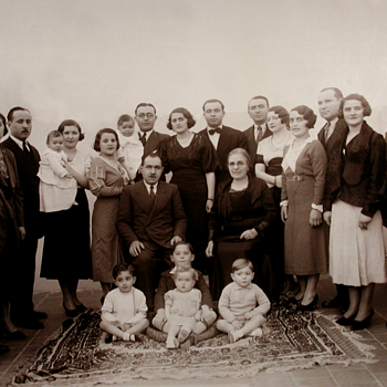 1934 Family reunion for a wedding - Photographs