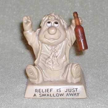 "1968 - Russ Berries ""Drunkard"" Figurine - Figurines"
