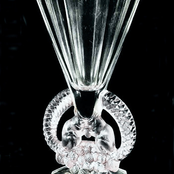 Lalique Vase,  &quot; Ecureuils &quot; Rene Lalique 1930 - Art Deco