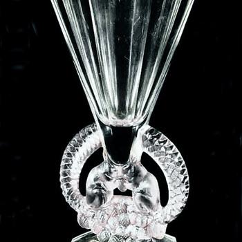 """Lalique Vase,  """" Ecureuils """" Rene Lalique 1930 - Art Deco"""