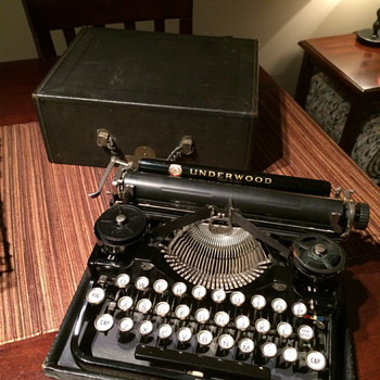 My Vintage Underwood Portable