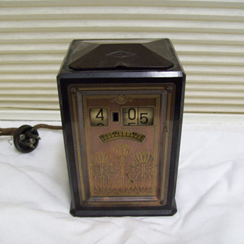 "1933 GE Warren ""Executive"" Telechron Bakelite Art Deco Clock Model 8B02"
