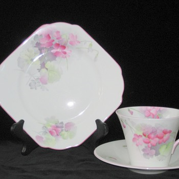 Shelley.  Tea Service.  Pink Violets.  Regent. 781613 Design.  W12315 Pattern. - China and Dinnerware