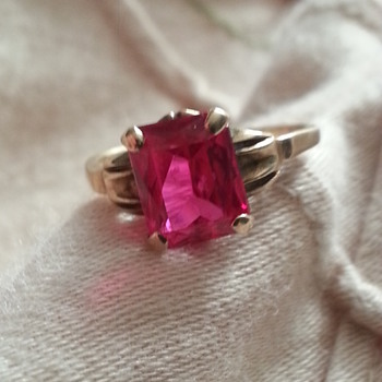 10K PINK STONE RING - Fine Jewelry