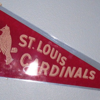 8.5 Ratting of EXCELLENT COND: RARE 1940'S ST. LOUIS CARDINALS PENNANT - Baseball