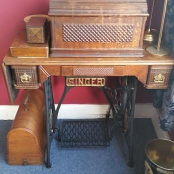 My 1893 Singer 27
