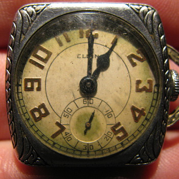 Elgin Ladies pocketwatch ( maybe )?