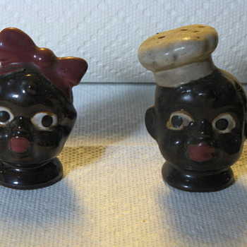 Blackface Salt and Pepper Shakers - Kitchen