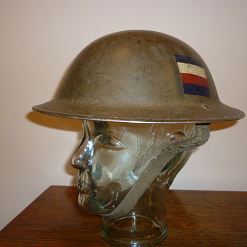 British WWII combat steel helmet. Ox and Bucks.